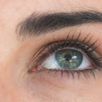 Trucos para el cuidado del contorno de ojos: bolsas, arrugas y ojeras