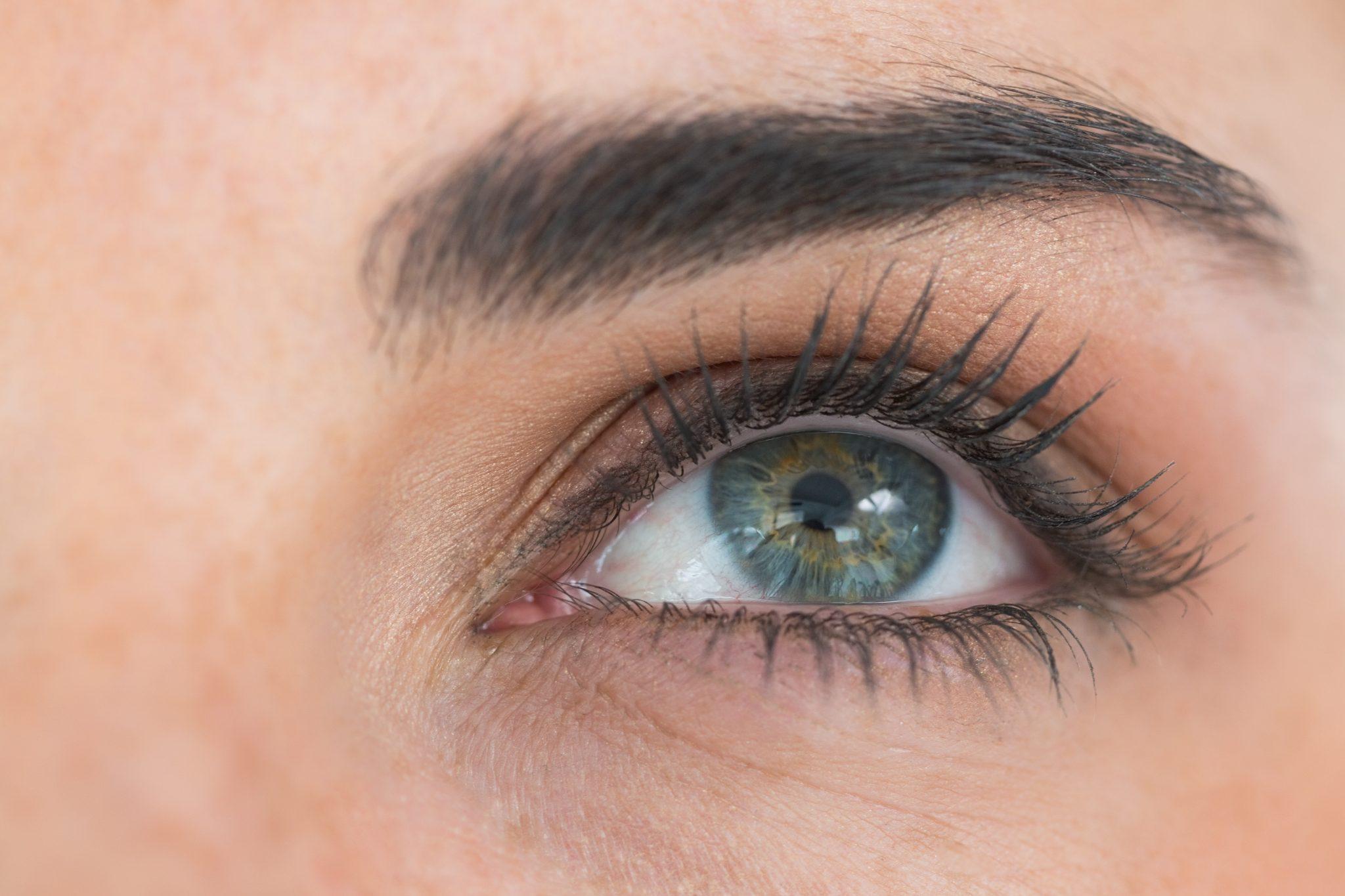 Cuidados del contorno de ojos